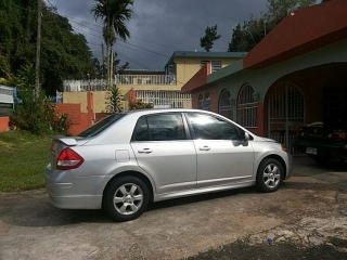 Nissan VERSA S SEDAN GRIS 2008 -EXELENTES CONDICIONES-