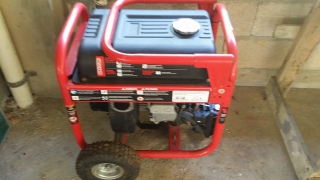 Se vende Planta Electrica Husky Mod. HU3650