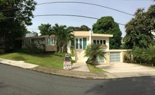 En Villa Caparra. 590 mil OMO Lista para mudarse! Como nueva!!