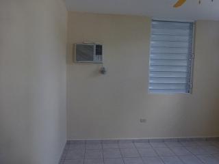 14-0123 En Urb. Valle de Barahona, Morovis, PR