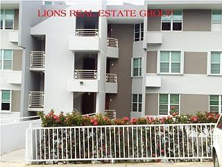 SE VENDE POR OPCION $12K, en Carolina Puerto Rico Apartamento/WalkUp en Condominio-Balcones De Monte Real