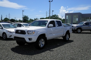 Toyota Tacoma Base Blanco 2015