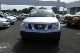 Nissan Frontier S Plateado 2013