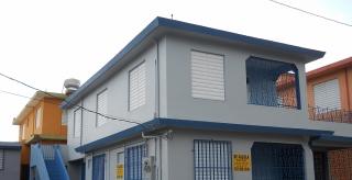 Casa 2do Nivel 3h, 1b, s/c/c Privado o Sección 8