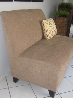 Loveseat Crema