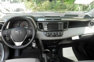 Toyota Rav4 Le Plateado 2014