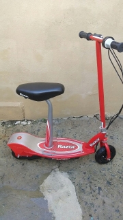 SCOOTER ELECTRICA RAZOR