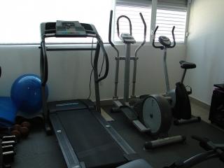 Se venden equipos para hacer ejercicios