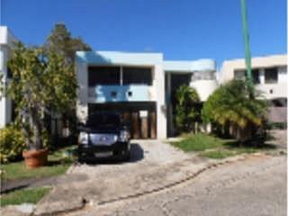 APORTACION 5% PARA GASTOS, en Dorado Puerto Rico Casa en Urbanizacion-Dorado del Mar de 4 Cuartos y 3 1/2 Baños
