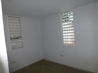 14-0076 En Urb. Santa Teresita, Ponce, PR