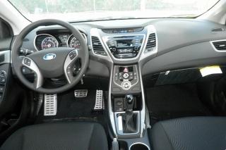 Hyundai Elantra Gls Negro 2015