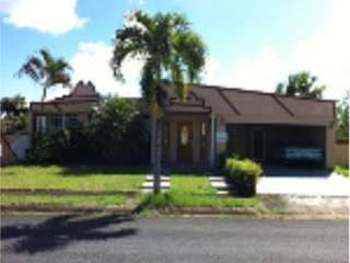 APORTACION 5% PARA GASTOS, en Vega Baja Puerto Rico Casa en Urbanizacion-San Vicente de 3 Cuartos y 2 Baños