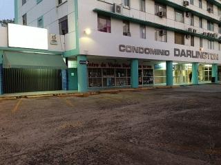 Darlington - frente estacionamientos