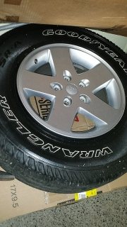 5 aros de jeep wrangler