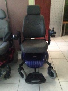 Sillas de ruedas eléctricas, $350 c/u o las dos en $600