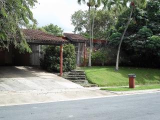 Urb. Garden Hills Norte - Bajo Tasacion