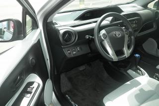 Toyota Prius C Plateado 2012