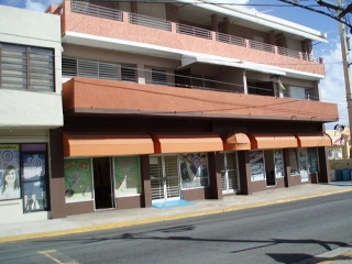 Local comercial excelente localización. Ave. Muñoz Rivera