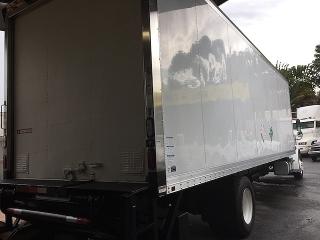 Freightliner M2  2012