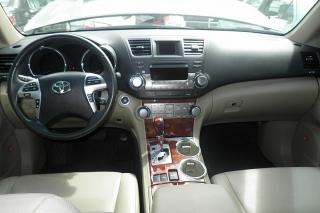 Toyota Highlander Limited Negro 2012
