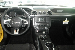 Ford Mustang Gt Premium Amarillo 2015