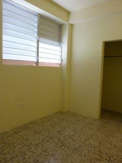 Apartamento 2 Habitaciones con Luz, Agua y Enseres