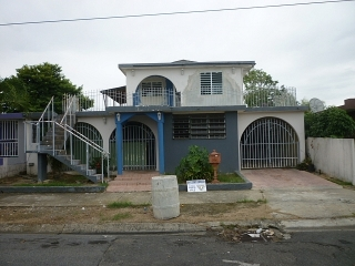 14-0309 En Urb. Villa Carolina II, Carolina, PR