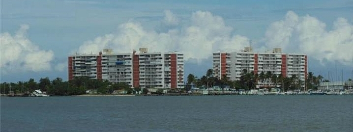 Cond. Isleta Marina Torre II ***