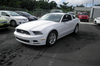 Ford Mustang V6 Blanco 2014