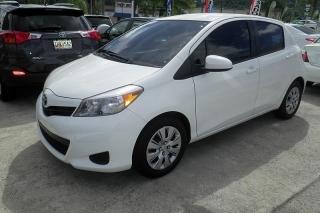 Toyota Yaris L Blanco 2013