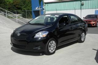 Toyota Yaris L Negro 2012