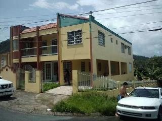 Se Renta Apartamento Barrio Borinquen Caguas 3H , 3B