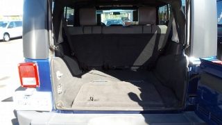 Jeep Wrangler Unlimited Sport Azul 2010