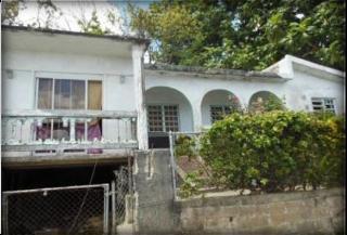 J-12 Calle 9, Comunidad Villa Conquistador