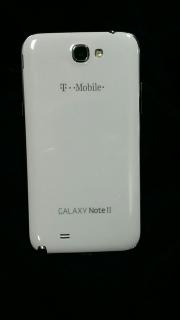 Se vende Note 2 en excelentes condiciones. T-Mobile