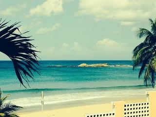 Isabela Beach Court- apt de 3 hab y 2 baños