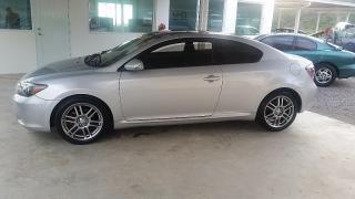 Scion tC 2009