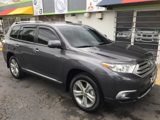 TOYOTA HIGHLANDER LIMITED 2013 6 CILINDROS $29,995