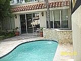Mini-Mansion en San Juan Especial !