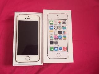 IPhone 5s dorado de claro