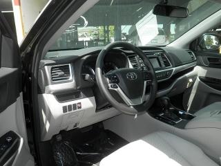 Toyota Highlander Le Negro 2015