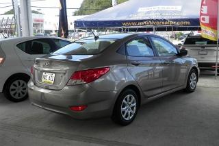 Hyundai Accent Gl Bronce 2012