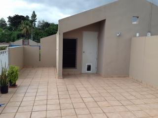 PORTICOS DE GUAYNABO - REMODELADO - COMPRE CON $5,500