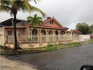 Urb. Altuas de Villa del Rey***
