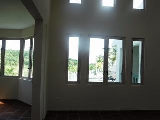 13-0289 En Cond. Lakeside Villas, Vega Alta, PR