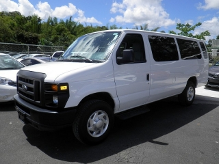 Ford Econoline Wagon Xl Blanco 2013