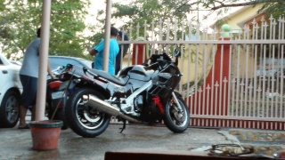 Motora Katana 1100