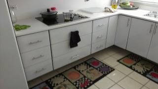 Ebanistería Gabinetes de cocina, baños, closet entre otros.