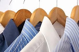 Servicio de entrega y recogido de tu ropa en el hogar, negocio & oficina