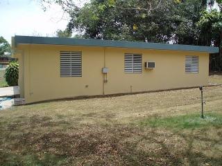 ¡ Estupenda Residencia ! Bo. Yeguada